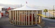 """Shigeru Ban diseña un pabellón que """"camina"""" para Camper"""