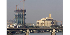 UNESCO pide parar la Torre 'Pelli' de Sevilla