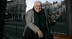 William Curtis denuncia el gigantismo de muchos proyectos